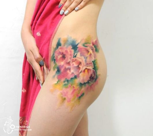 Amazing Flower Tattoos Mimic Watercolor Paintings On Skin Funzug