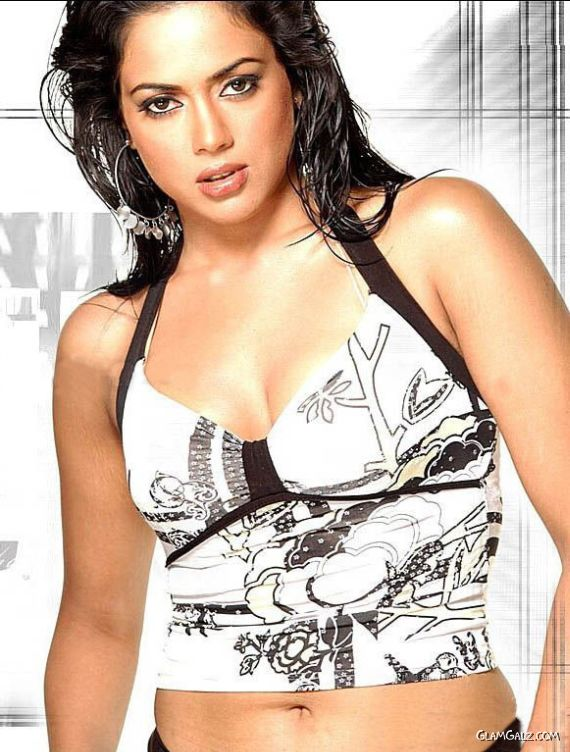 Sameera Reddy Exclusive Photo Gallery