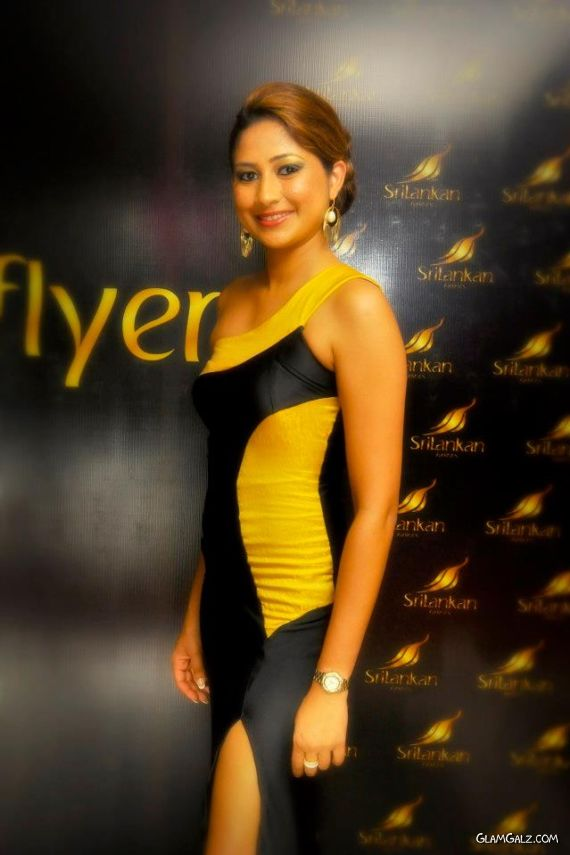 Air Hostesses At The Sri Lankan Air Awards Night