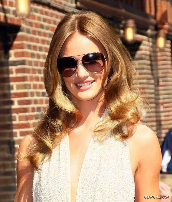 Rosie Huntington Whiteley Exclusive Photo Gallery